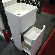 White Resin Freestanding Bathroom Basin Freestanding Pedestal Sink supplier