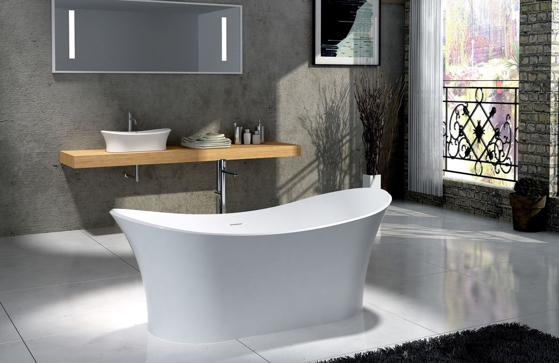 Boat Shape Freestanding Deep Soaking Tub Non Porous Seamless Joint